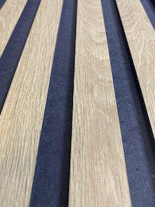 Panel ryflowany w paski pionowe